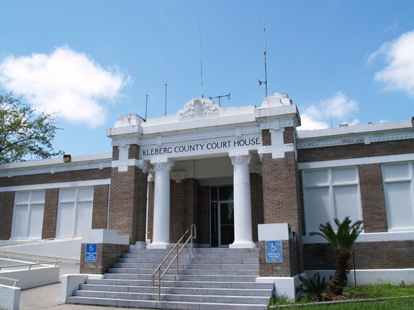 Kleberg-County-Courthouse